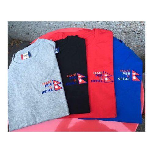 T-shirt maglietta mani per il nepal